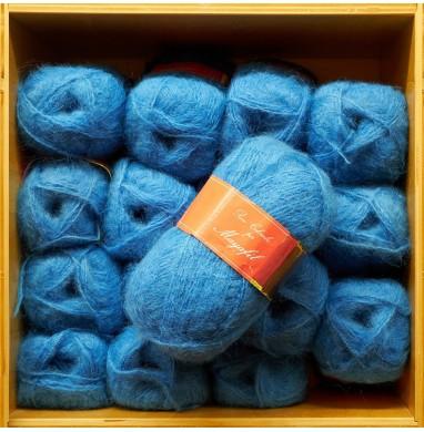 Yarn SANDRA light blue...