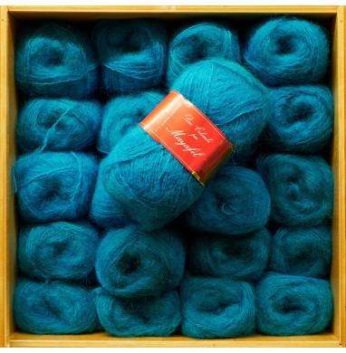 Yarn SANDRA turquoise...