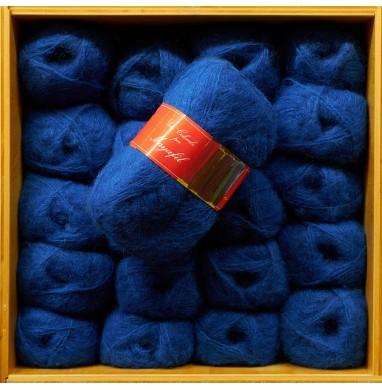 Yarn SANDRA cobalt blue...