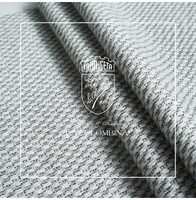 Handloomed fabric